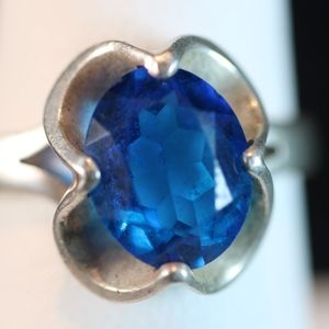 Sterling Silver Ring (Blue Oval Faceted Stone)